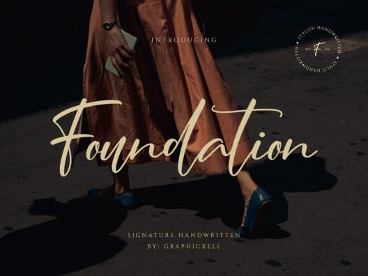 时尚现代休闲英文签名连体字体Foundation Stylish Signature Font